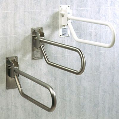 Handicap showers ada showers stair lifts barrier free for Bathroom safety shower shoes