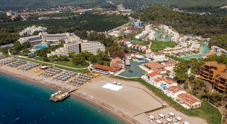 В 2014 году была произведена масштабная реконструкция отеля Rixos Premium Tekirova. К услугам гостей современные номера с гостиными зонами и собственными балконами. В числе прочих удобств отеля — открытый бассейн, частный пляж, детский пляж, 3 теннисных корта и спа-салон.