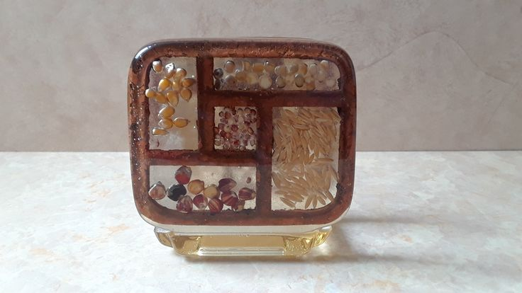 Gamut Designs Vintage Napkin Holder, Acrylic Lucite Napkin Holder Made in USA, Kitchen Decor