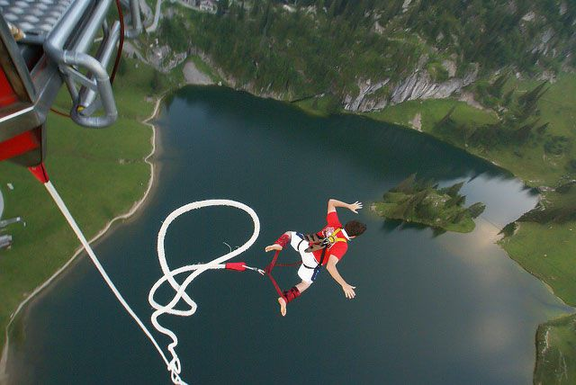 Best Places to Bungee Jump!