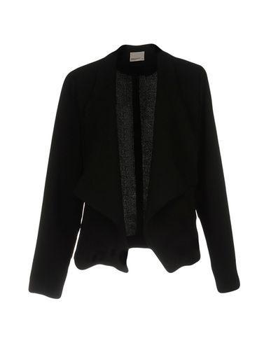 Vero Moda Women Blazer on YOOX. The best online selection of Blazers Vero Moda. YOOX exclusive items of Italian and international designers - Secure payments