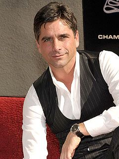Is John Stamos Joining the Cast ofGlee?