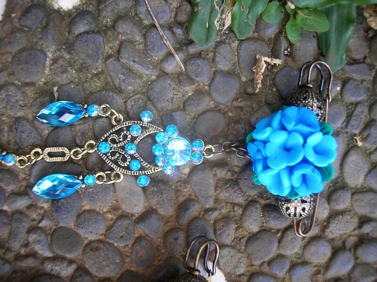 Bluish Brooch To Pin