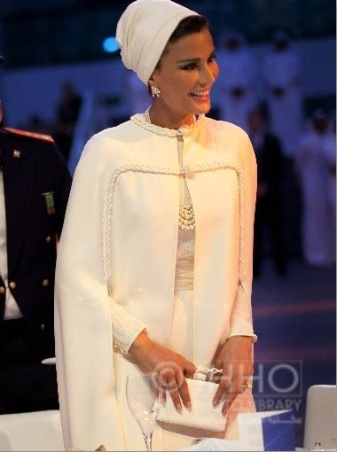 Sheikha Mozah in white Valentino couture