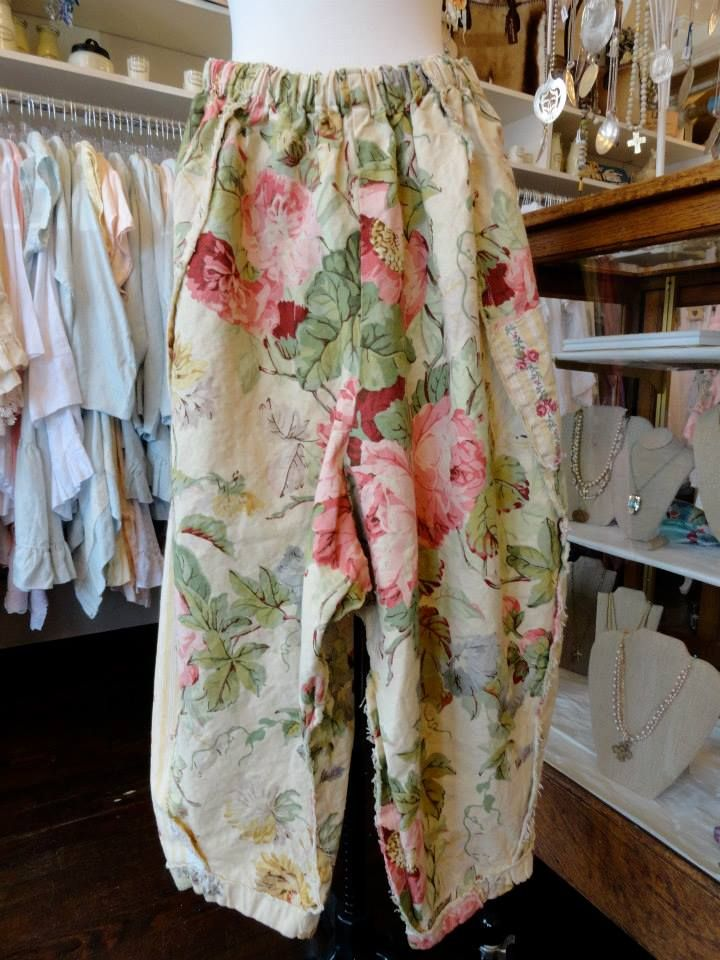 Spring IS coming Tina Givens Daniella Floral Print Pant in Pink/Ivory. fb.com/mimibellafinelinenwear