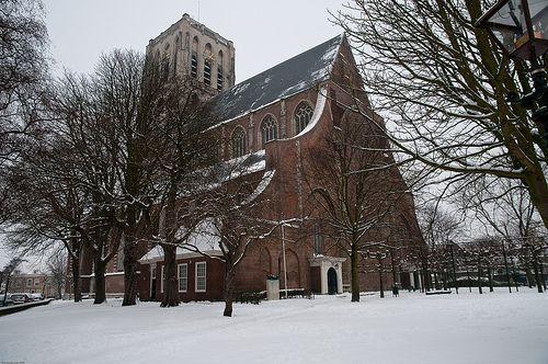 Brielle in sneeuw, de Catharijnekerk