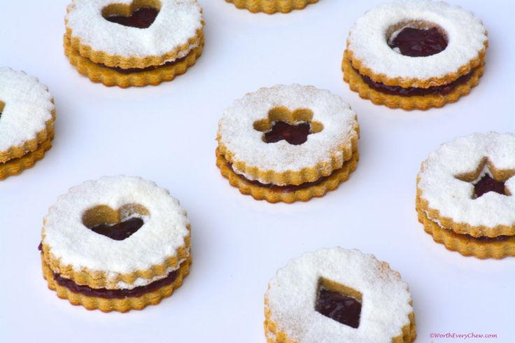 Raspberry Linzer Cookies #glutenfree #grainfree #paleo