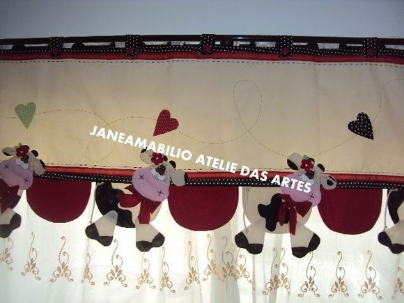 curtain border...just adorable