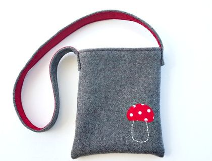 Kid's Foraging Bag - Toadstool Recycled wool and hand embroidered applique https://cherryberry.felt.co.nz