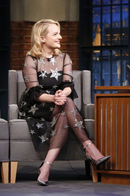 "Elisabeth Moss in Huishan Zhang on ""Late Night with Seth Meyers"""
