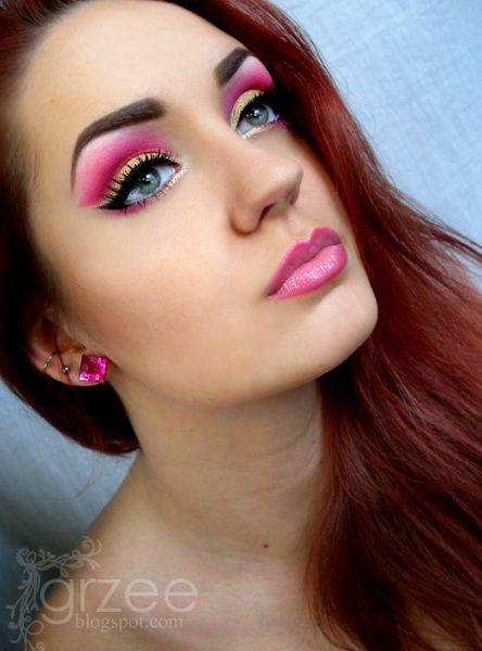 love colors!: Colors Makeup, Bright Pink, Eye Makeup, Pink Eyeshadows, Pink Eye Shadows, Makeup Eye, Bold Colors, Gold Eyeshadows, Eyeshadows Ideas