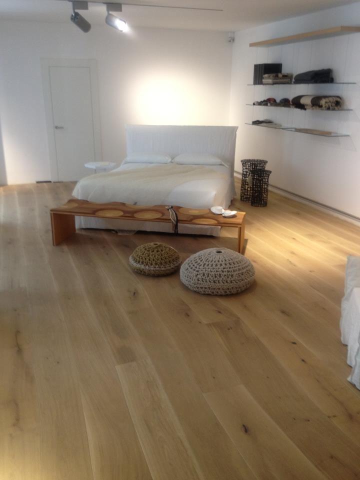 Bolefloor Curved Wooden Floorboards In A Light Bedroom