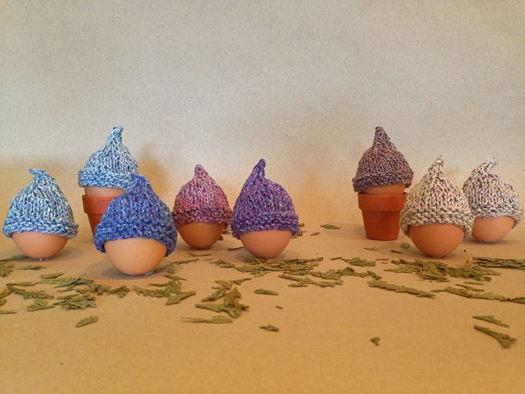 215 best easter images on pinterest easter ideas knit patterns free pattern for these cute egg warmers include a cream egg and they make great gifts negle Gallery