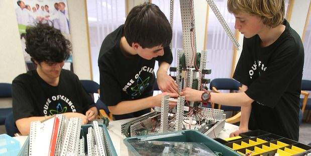 The best learning is fun! This looks like heaps of fun. Robot teens taking on the world with their clever machines - Technology - NZ Herald News http://www.nzherald.co.nz/technology/news/article.cfm?c_id=5&objectid=11824021