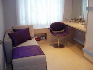 Quarto Pequeno Mesa Para Computador Sof Cama Cadeira