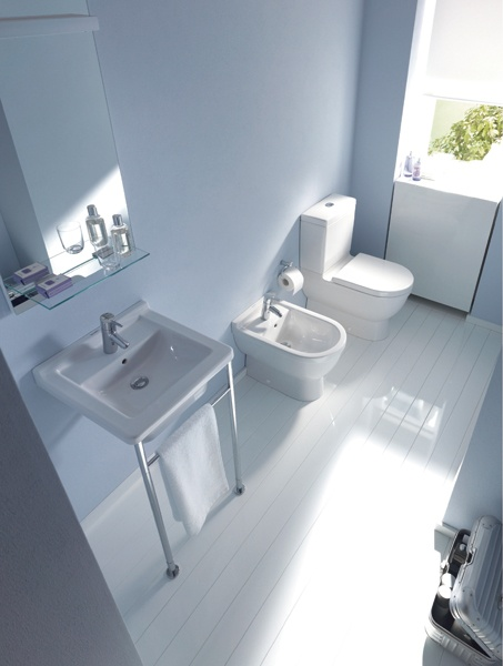 Starck 3 brings Duravit design to a segment where it was once an untouched concept with a vast array of Washbasins, toilets, bidets, urinals, that  meet all needs and tastes in your bathroom