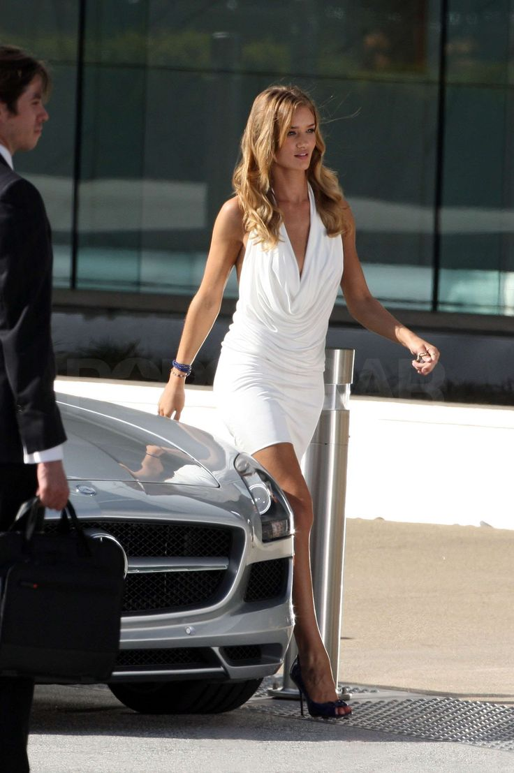 Shia LaBeouf and Rosie Huntington-Whiteley Get Domestic For Transformers 3