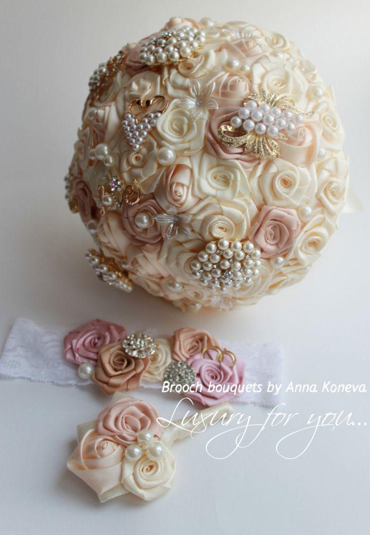 Wedding brooch bouquet Ivory and beige Brooch por JewelryBouquet