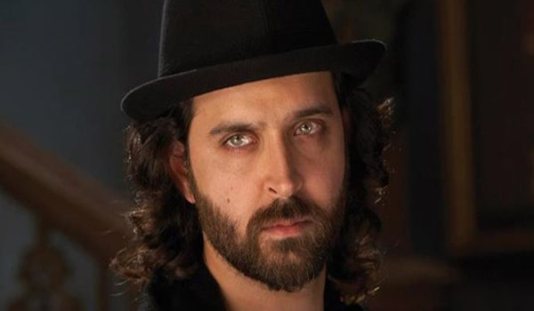 Hrithik Roshan's brain surgery successful, will be discharged within next two days! - See more at: http://www.chichinews.com/hrithik-roshans-brain-surgery-successful-will-be-discharged-within-next-two-days/#sthash.pbcO833W.dpuf
