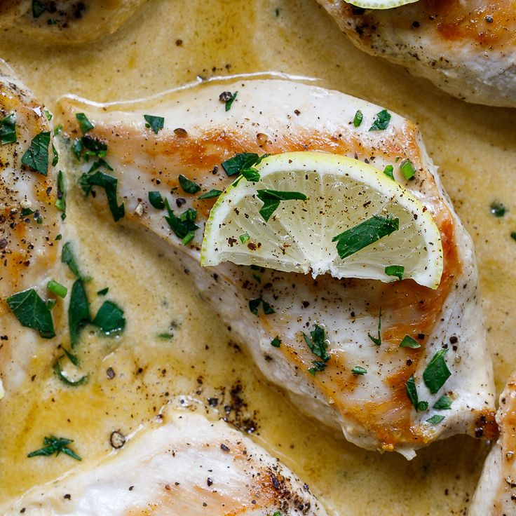 Dinner has never been easier. This completely delicious lemon butter chicken is great for a quick weeknight meal and only requires one pan!