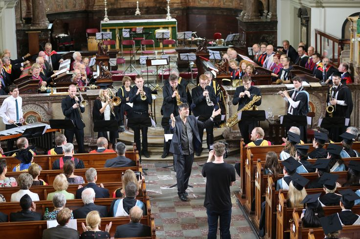 Pete Churchill got us all clapping as the Academy Jazz Ensemble performed the specially composed 'Cue for Q'