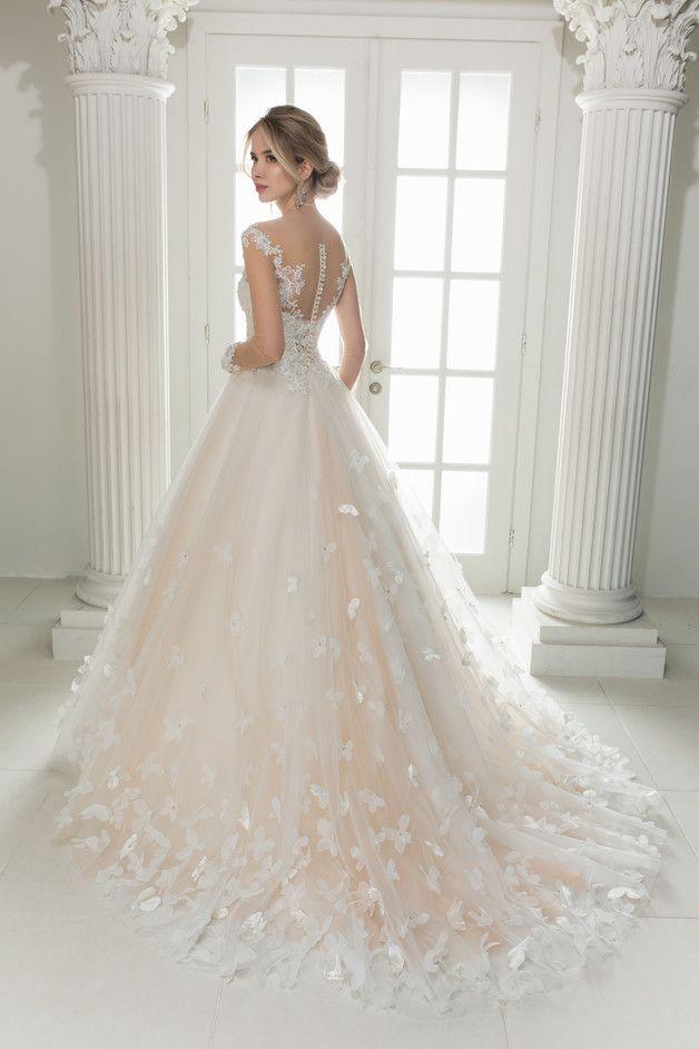 Hochzeitskleider  Wedding Dress Hochzeitskleid Brautkleid BUTTERFLY  ein Designerstck von