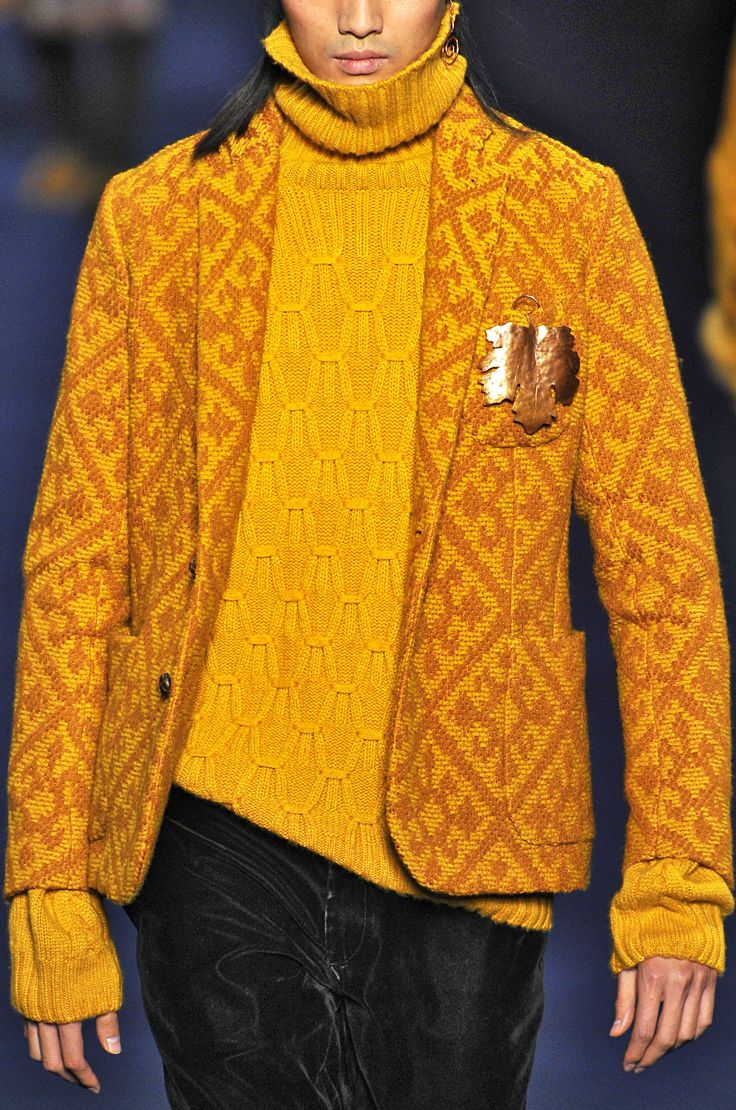 Etro FW 13/14 - Milan Men's Fashion Week. Gorgeous colour jumper.