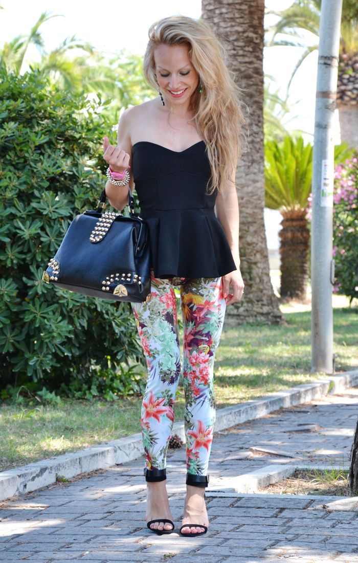 Stradivarius Flowers Print Leggings And Asos Peplum Top - Outfit Fashion Blogger Summer 2013 It ...