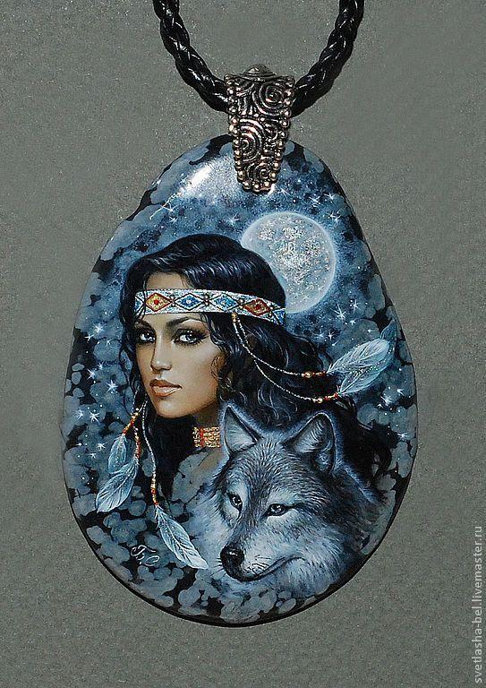 Купить Бегущая с волками... - лаковая миниатюра, лаконичное украшение, роспись по камню, живопись маслом