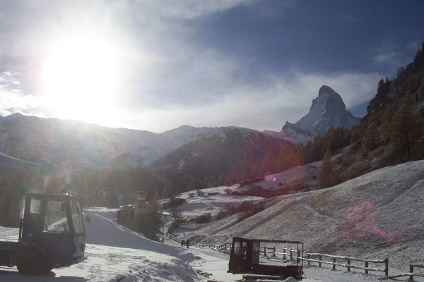 One day in the depths of winter, the Triplets decided, in their wisdom, to do a day trip to Zermatt. That's not such an easy trip by public transport from Neuchâtel. We wanted to get the 7.34…