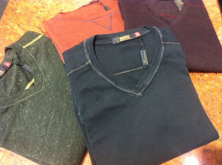 New Agave knit shirts and sweaters, just in time for the changing of the leaves. That's right gentleman it's Fall!