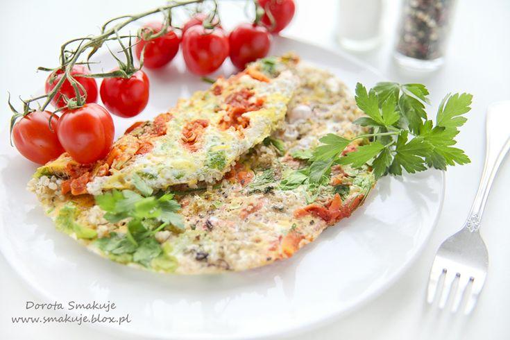 Omlet z kaszą jęczmienną i warzywami