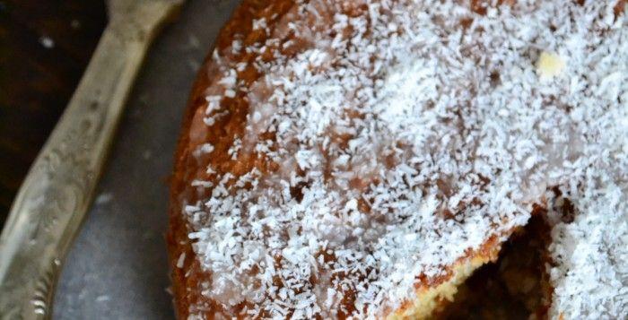 Κέικ με Καρύδα (Χωρίς Αυγά και Βούτυρο)