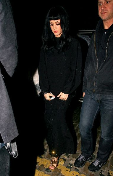 Katy Perry Photos Photos - *NO GERMANY / SWITZERLAND*.Katy Perry (Katheryn Elizabeth Hudson) is seen leaving Shoreditch House, the private members club in Shoreditch. - Katy Perry Leaves Shoreditch House