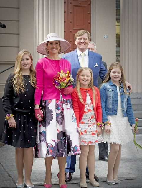 (L-R) Crown Princess Catharina-Amalia of The Netherlands, Queen Maxima of The Netherlands, Princess Ariane of The Netherlands, King Willem-Alexander of The Netherlands and Princess Alexia of The Netherlands attend King's Day (Koningsdag), the celebration of the birthday of the Dutch King, on April 27, 2016 in Zwolle, Netherlands.