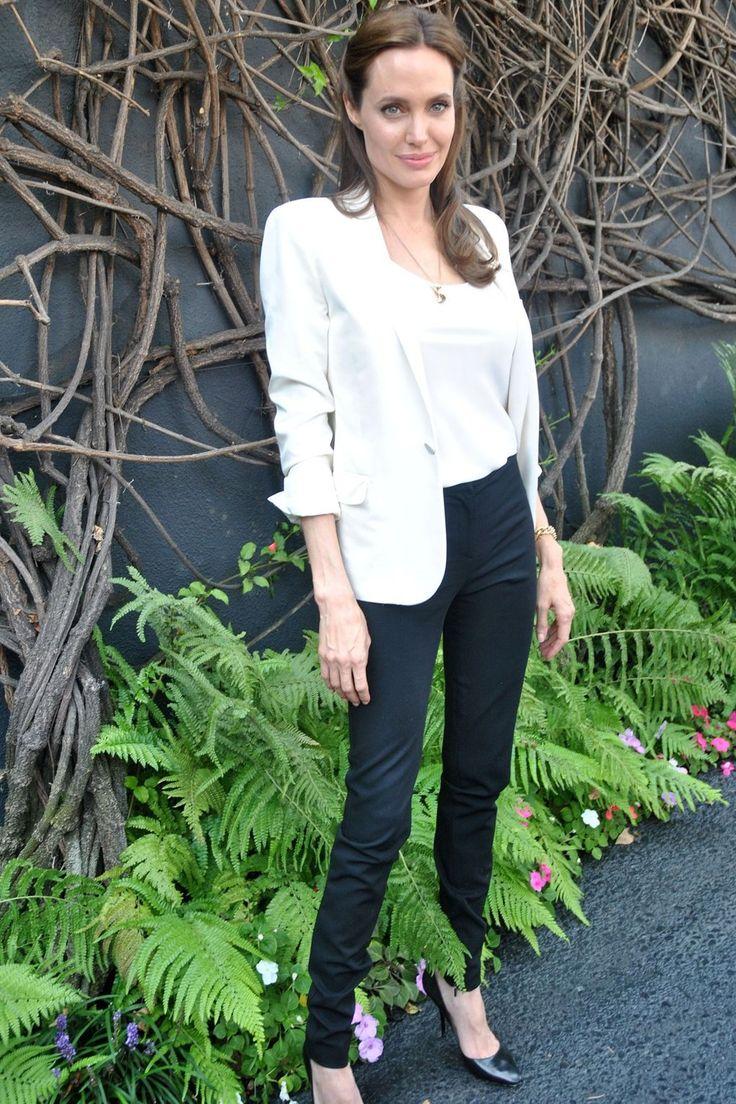 Angelina jolie no clothes video 15