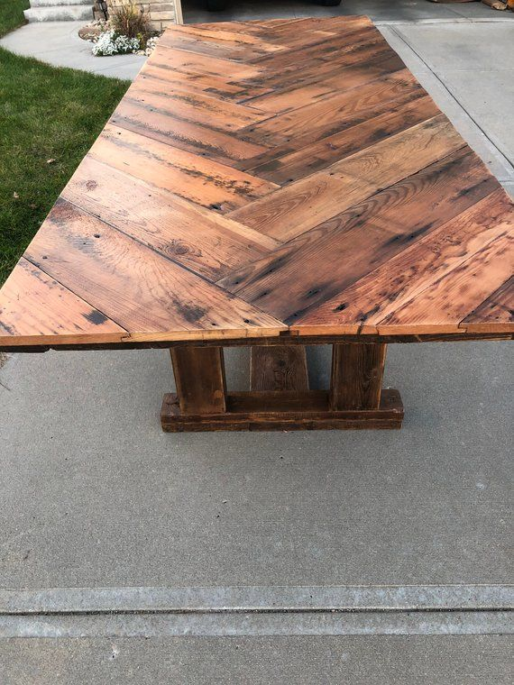 reclaimed barn wood table reclaimed wood dining table farmhouse rh pinterest com