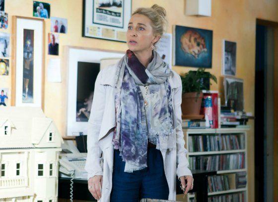 How to dress like Nina Proudman | Nina wears: Isabel Marant top; Krista McRae silver geometric bangle.