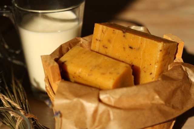Domácí mýdlo medovo-mléčné s levandulí