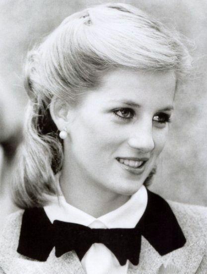 Princess Diana. Just so gorgeous!