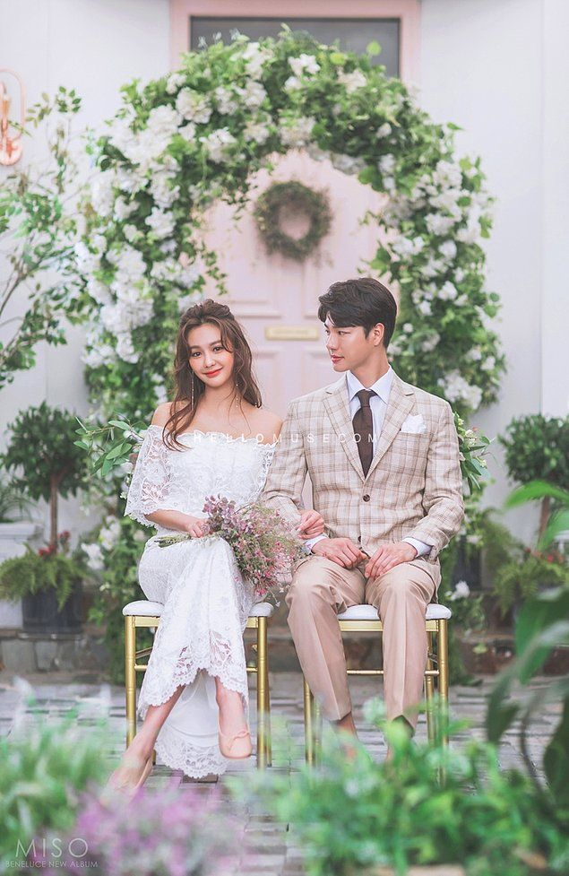 Elegant and All Natural 37 Korean Wedding Photos to Make Marriage Plans Next Summer