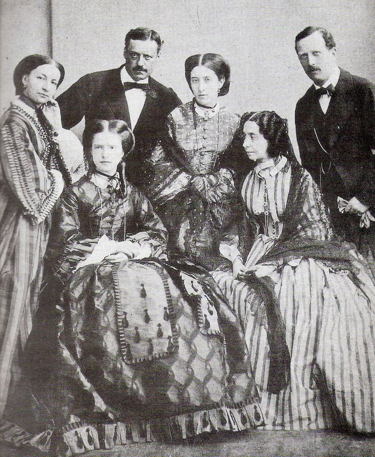 Maria Pia was just 15 when she married Dom Pedro who had become King of Portugal in 1861. This is a photo of the Savoia family just before she left for Portugal