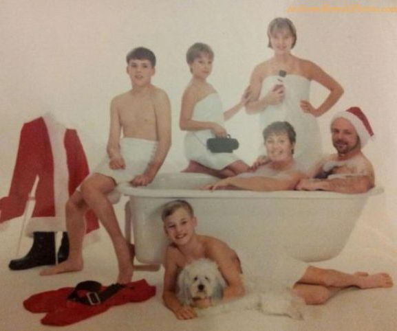Nothing says Christmas like a good family bath.