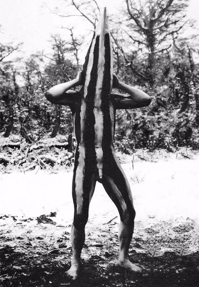 vintage everyday: The Lost Tribes of Tierra del Fuego: Rare and Haunting Photos of Selk'nam People Posing With Their Traditional Body-Painting