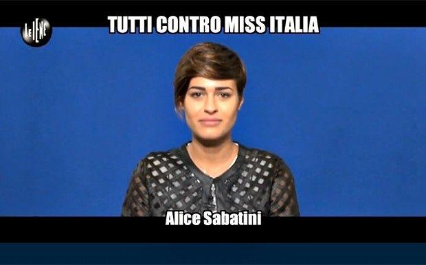 """""""Miss Italia"""": Alice Sabatini si trasforma in 'iena' e intervista gli italiani. http://www.sologossip.com/2015/10/13/miss-italia-alice-sabatini-si-trasforma-in-iena-e-intervista-gli-italiani/"""
