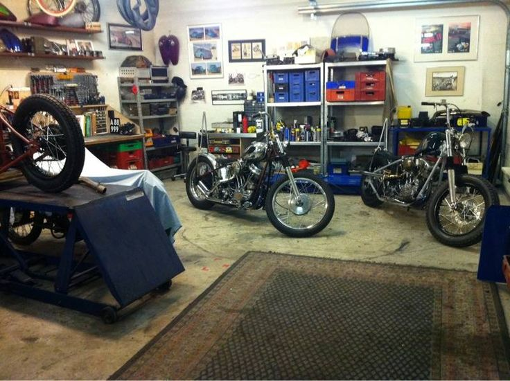 motorcycle garage shop ideas pinterest nice garage and motorcycles. Black Bedroom Furniture Sets. Home Design Ideas