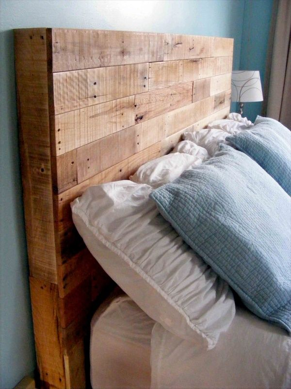 Best 25 wood pallet headboards ideas on pinterest for How to make a wood pallet headboard