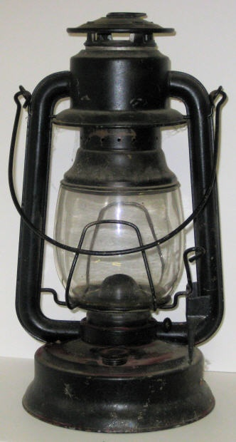 antique lanterns for centerpieces