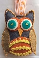 Owl in bold colours