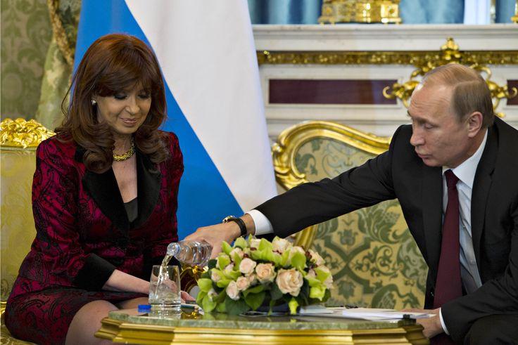 Declaración de Cristina Kircher a la prensa luego de la reunión con el Presidente Putin - http://www.cfkargentina.com/declaracion-de-cristina-kircher-a-la-prensa-luego-de-la-reunion-con-el-presidente-putin/
